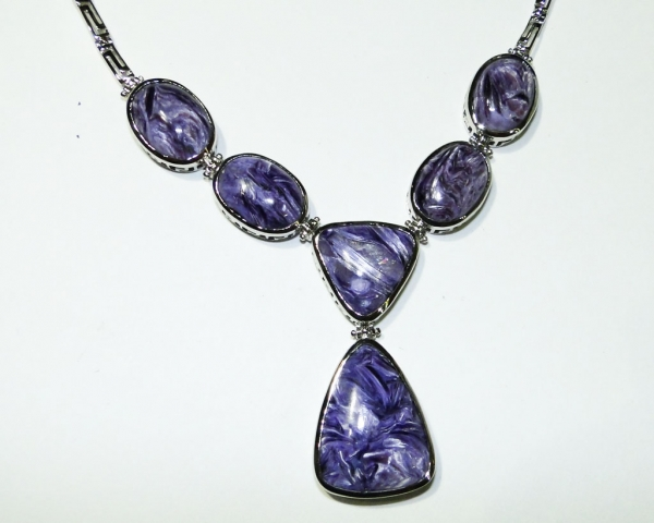 Charoite_necklace